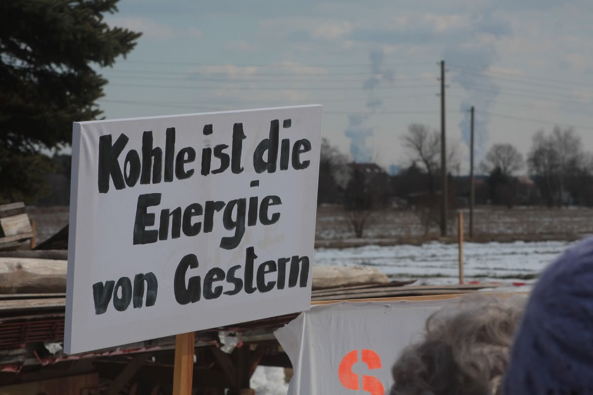 osterspaziergang schild kohle energie